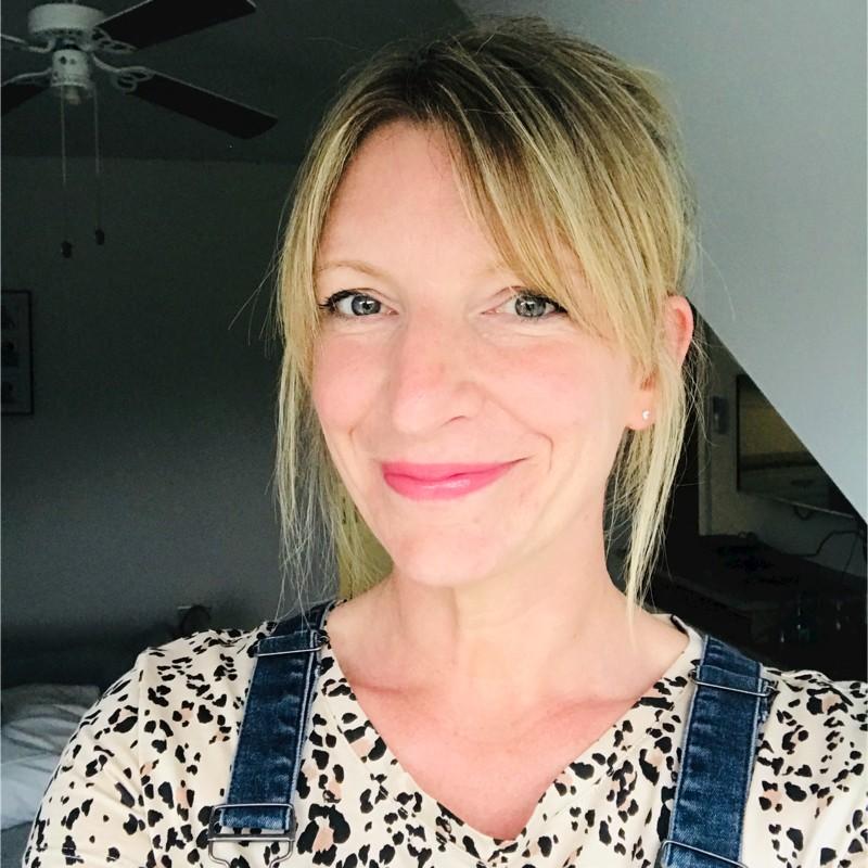 Vicki Press Freelance Copywriter